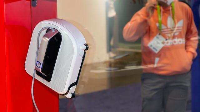 Ablakmosó robot